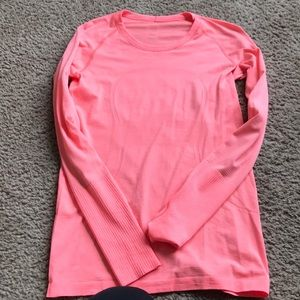 Lululemon Swiftly Long Sleeve size 8